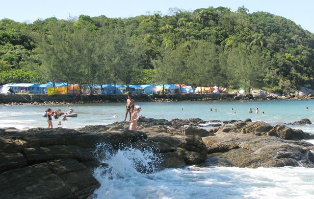 image3-2 A Praia Retiro dos Padres em Bombinhas