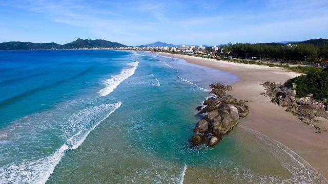 image2-1 Praias de Bombinhas - Praia do Mariscal