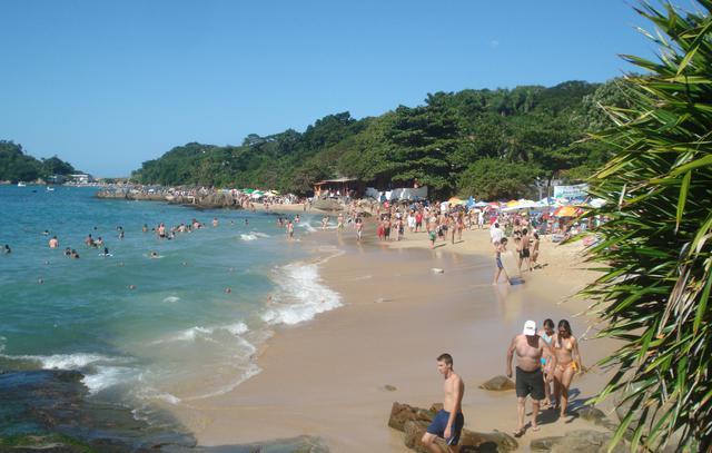 image4 Roteiro turístico pelas praias de Bombinhas: bairro do Centro