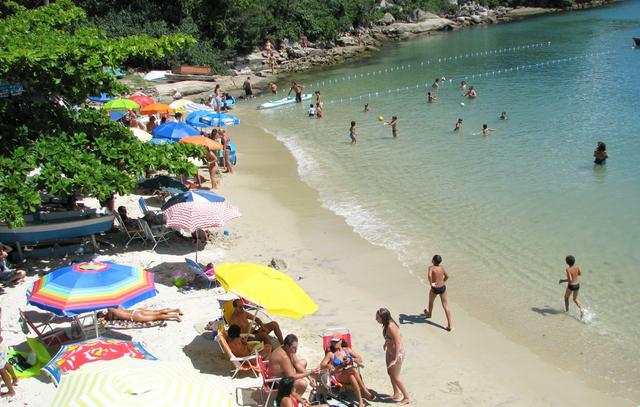 image6 Roteiro turístico pelas praias de Bombinhas: bairro do Centro