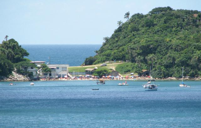 image7 Roteiro turístico pelas praias de Bombinhas: bairro do Centro