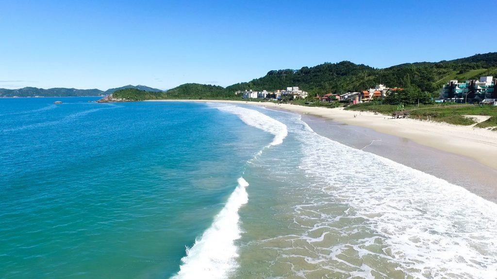image5-1-1024x576 Quais as melhores praias para mergulho em Bombinhas?